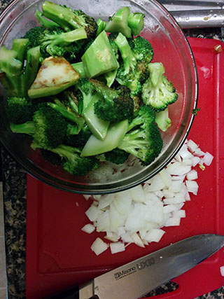 1208_broccolisoupchopped