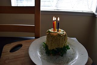 0411_sandwichcakecandle